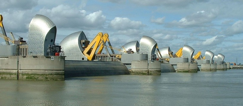 1200px-Thames_Barrier_03